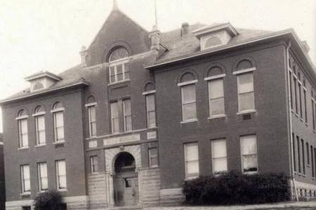 Minnesota New Country School